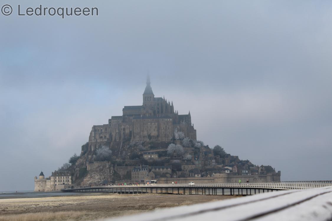 Photo du Mont Saint Michel sous le brouillard